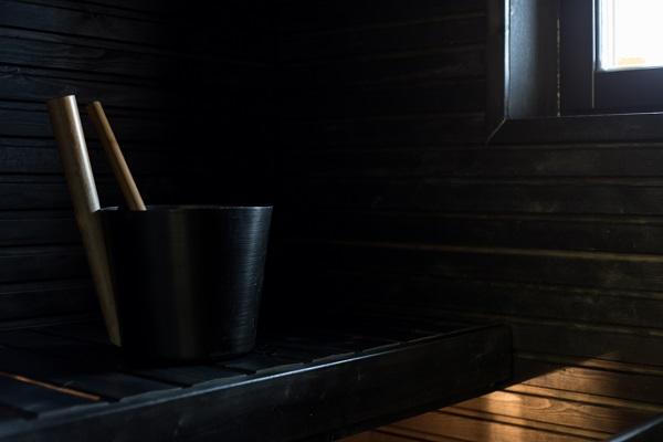 伊納里酒店房內獨立桑拿浴室