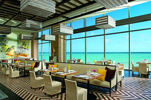 盡情享受Secrets The Vine Cancun全包式服務