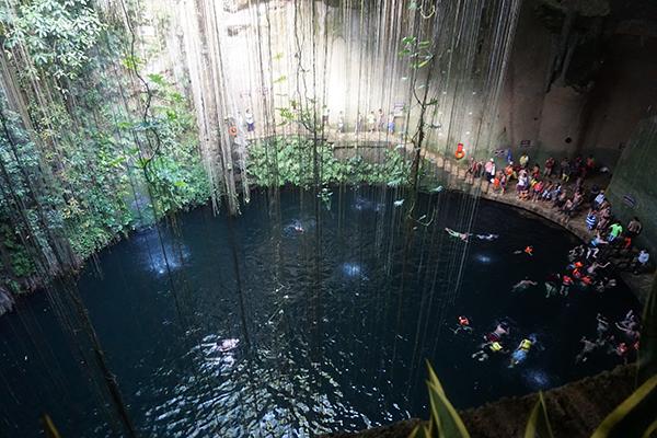 天然井(水融洞)
