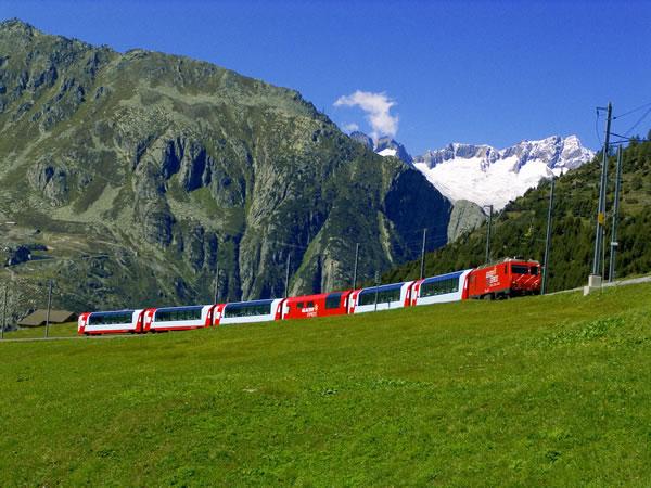 列车 内蒙古风景